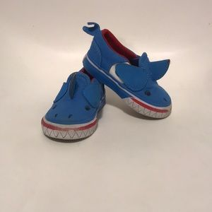 Vans shark shoes slip on sz 4 toddler blue